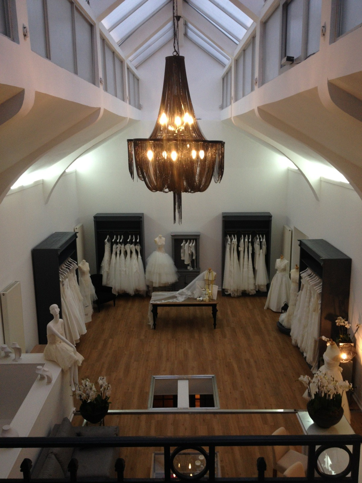 Boutique Cymbeline Lille - Cymbeline - Robes de mariée ...