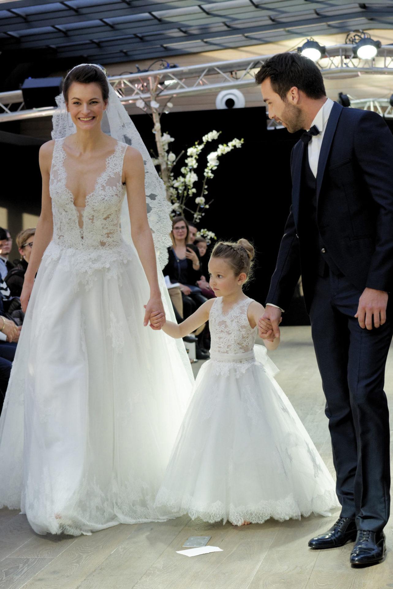 Robe mariage enfant - Robe de ceremonie fille - Robe cortège enfant Chocolat Cymbeline