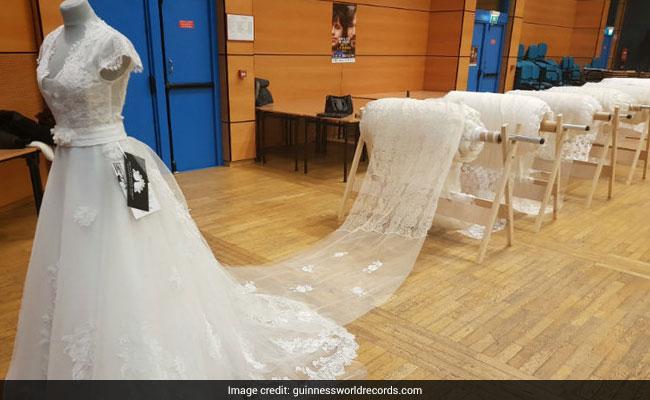 Record Du Monde De La Plus Longue Traîne De Mariée Robe De