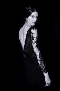 Robe noir soutien-gorge dos nu Back to Glam